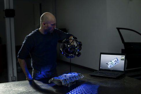 metrascan3d-scanning-automotive-v8-intake-manifold-casting2